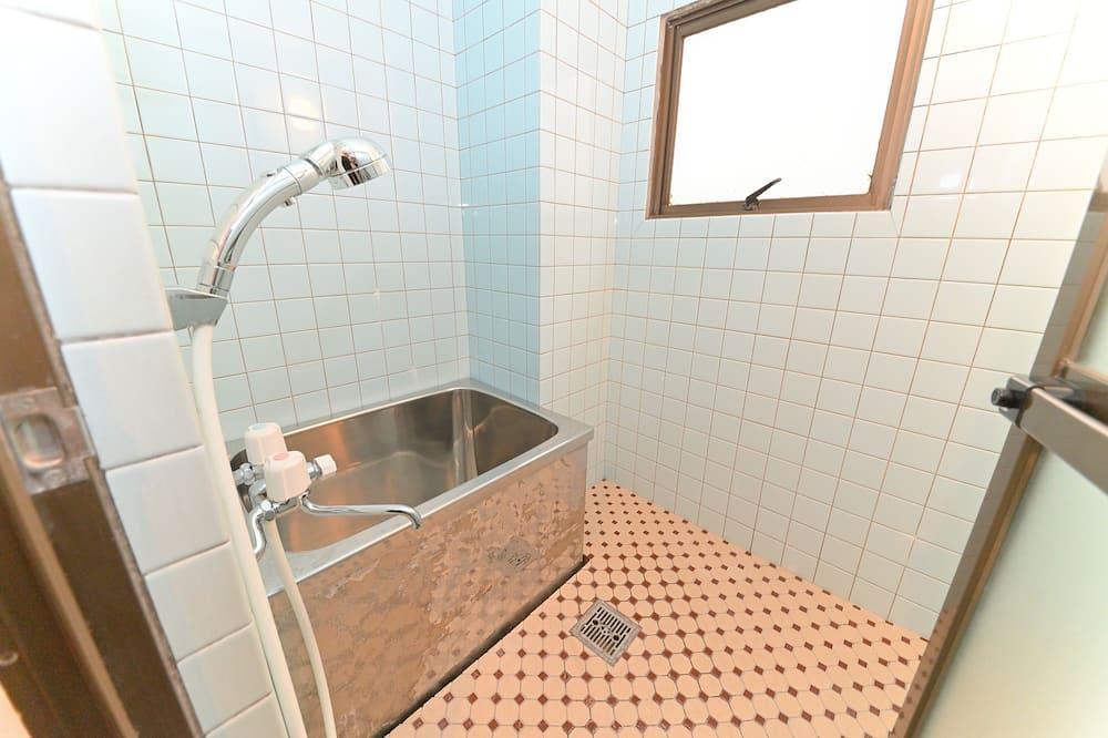 Room (601) - Bathroom