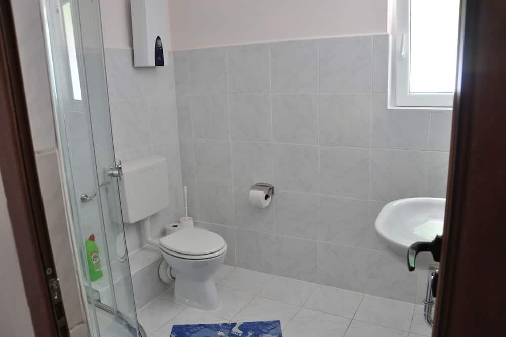 Апартаменти, тераса - Ванна кімната