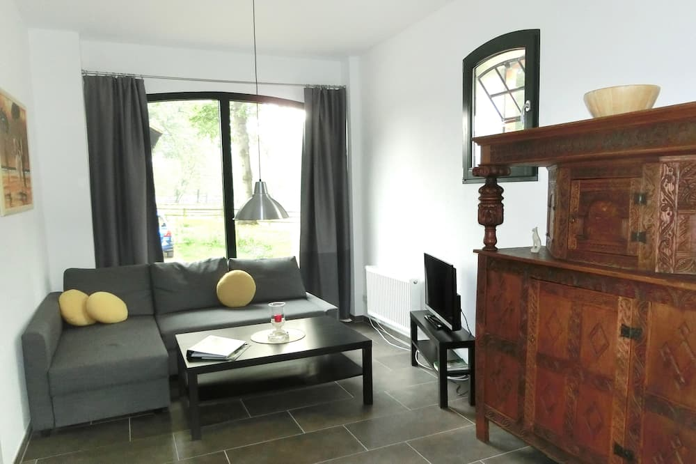 House, 2 Bedrooms - Living Area