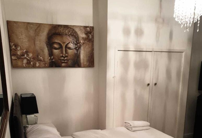 Ccva Guesthouse, Liverpool, Suite, Ensuite (2 Double Beds), Guest Room
