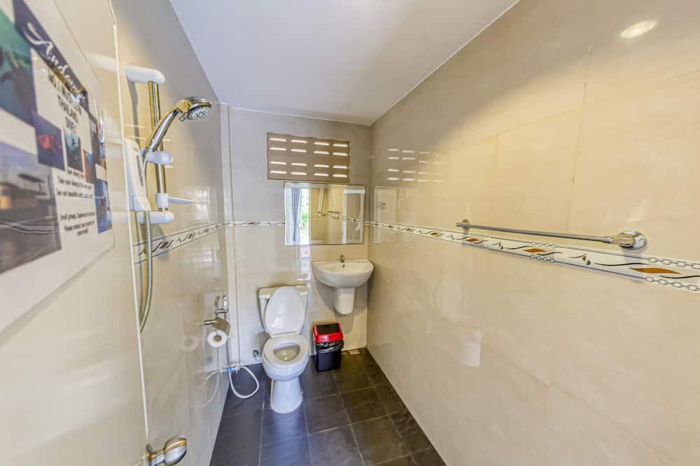 Comfort Double or Twin Room - Bathroom Shower