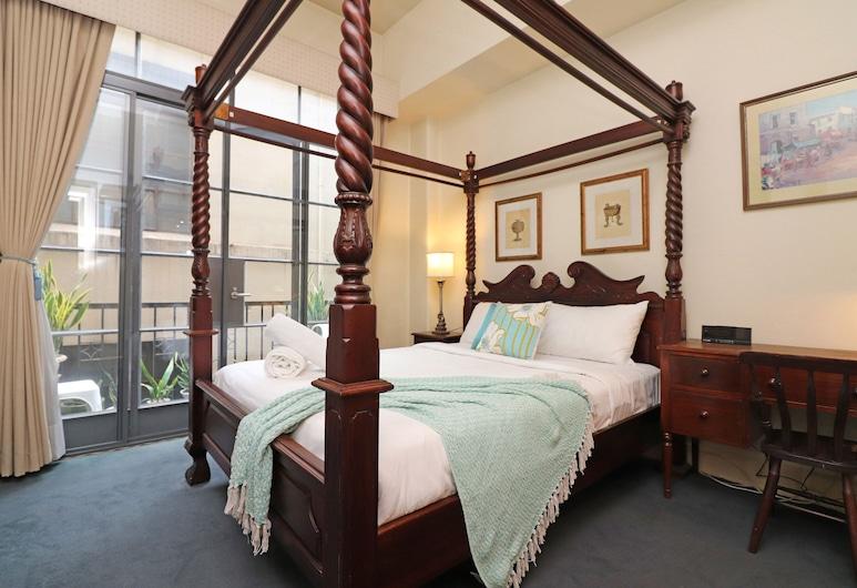 Majorca Synchronicity- Rejuvenate Stays , Melbourne, City Apartment, Room