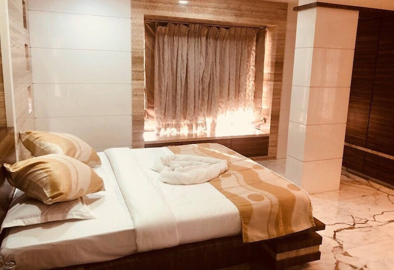 Economical Stay In Heart Of Mumbai, Mumbai, Guest Room