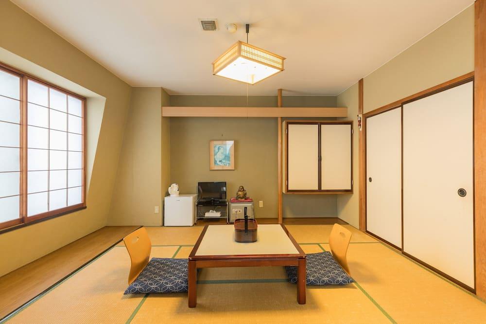 Traditional - kolmen hengen huone, Jaettu kylpyhuone (Japanese Style) - Vierashuone
