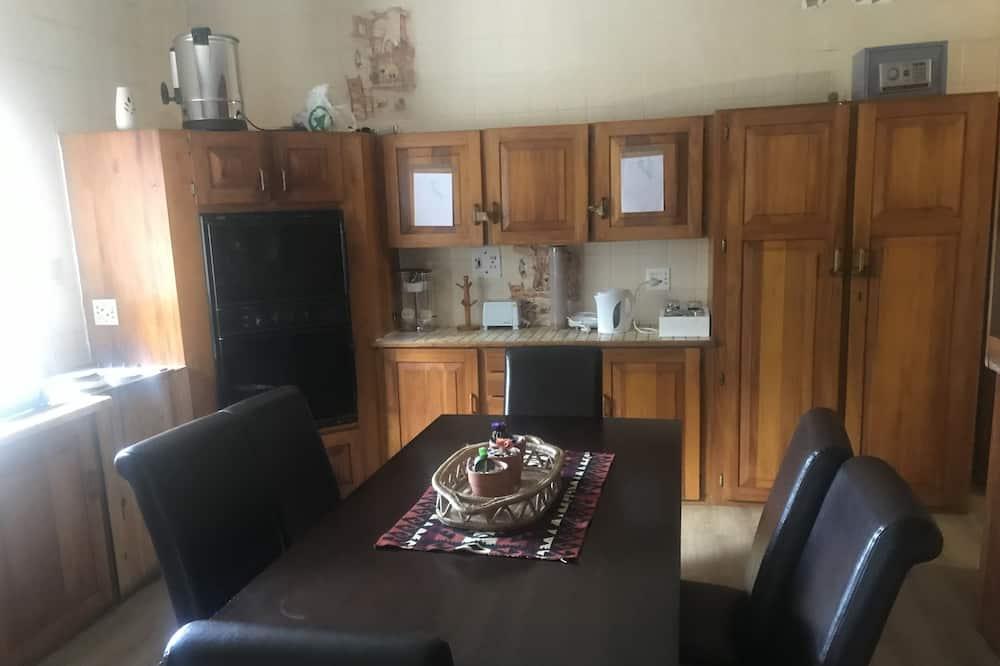 Liukso klasės dvivietis kambarys - Bendra virtuvė