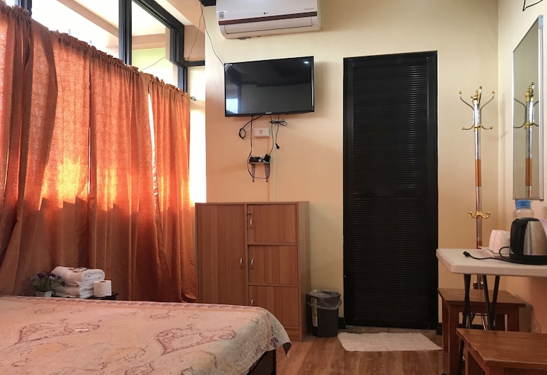 Rjat Guesthouse, Calamba, Standard Double Room, Guest Room