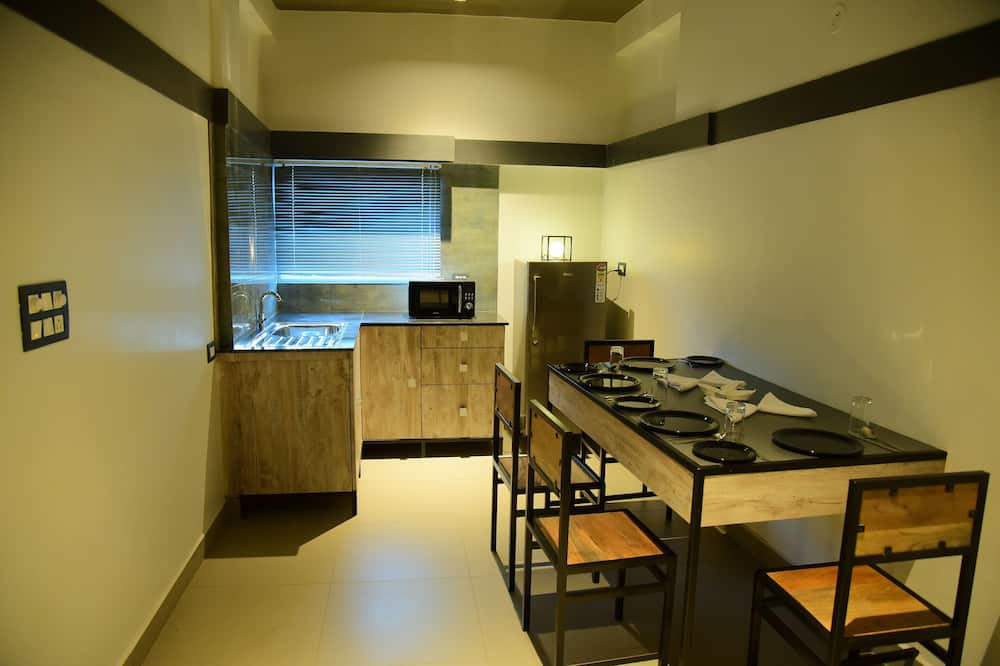 Suite Room - In-Room Dining