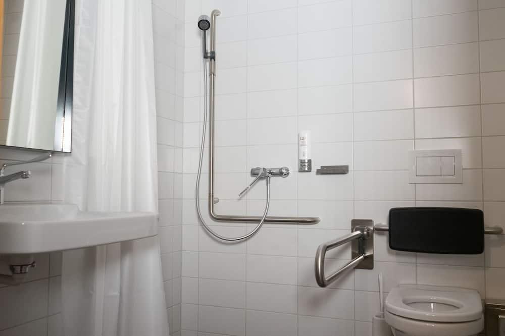 Chambre Simple (museum entrance included) - Salle de bain