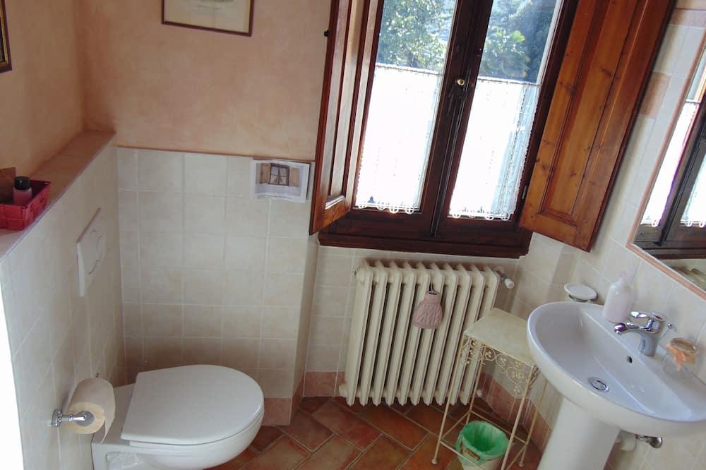Doppelzimmer (Rosa) - Badezimmer