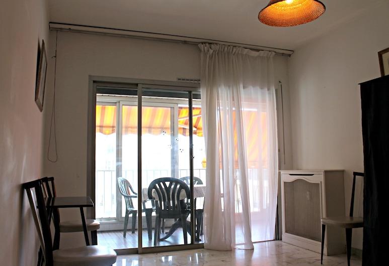Central 1 Bedroom in Luxurious Residence, Cannes, Íbúð, Stofa