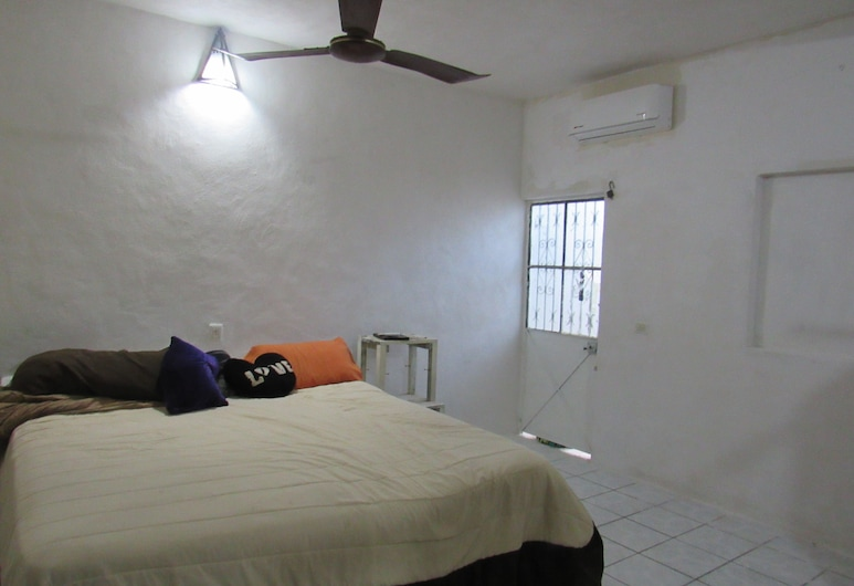 Casa Sunny - Adults Only, Puerto Vallarta, Deluxe Room, Non Smoking, Guest Room