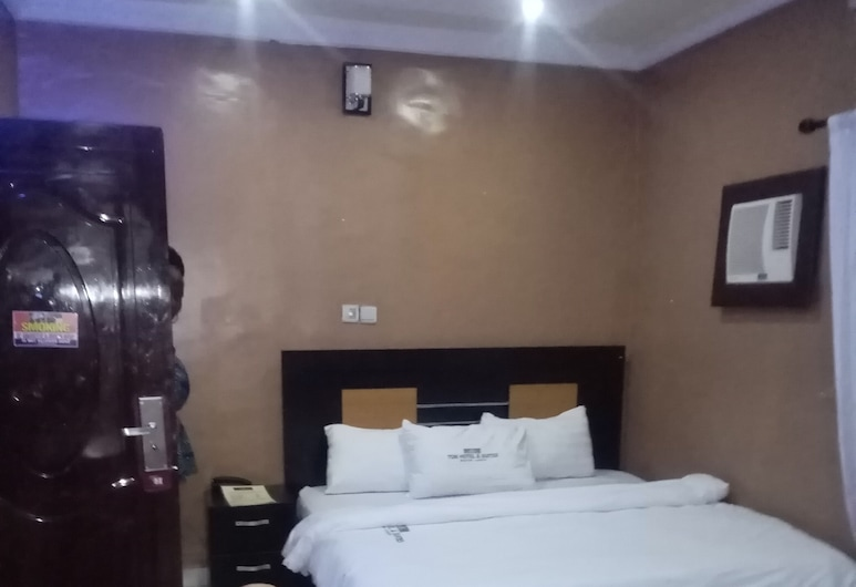 Tom hotel and suites, Lagos, Deluxe Double Room, Guest Room