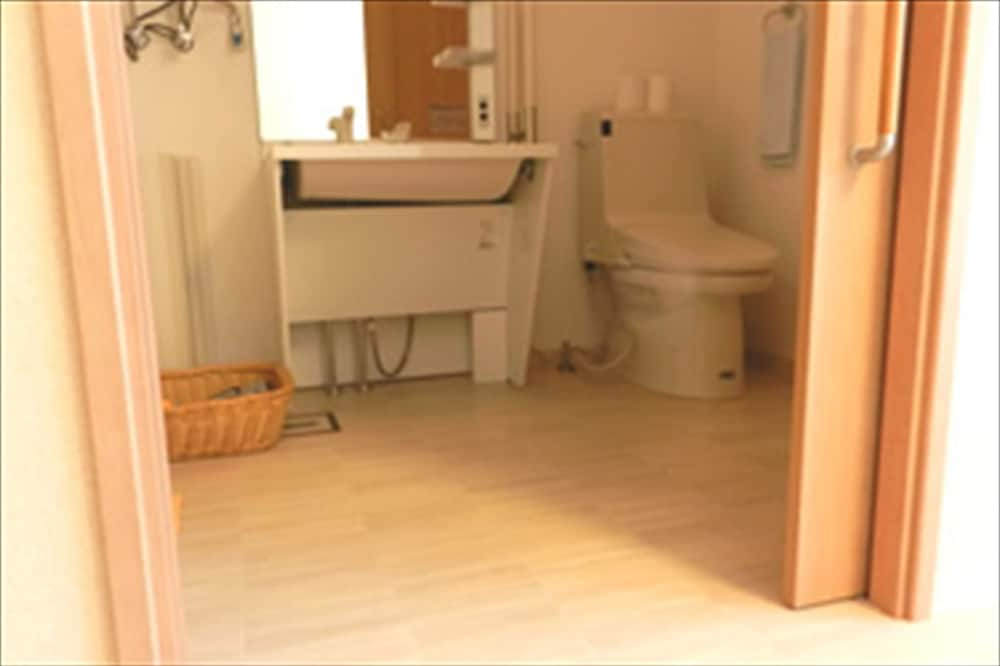 Chambre Double (Semi-Double) - Salle de bain