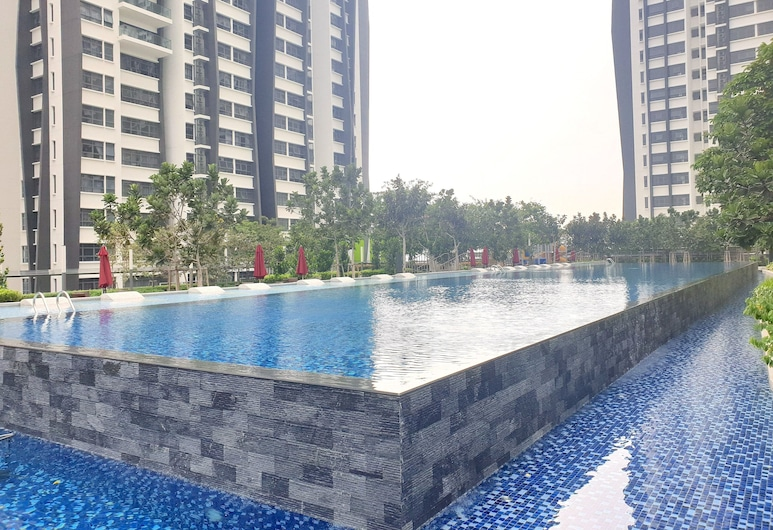 Lakeville Residence by BeeStay [6 Pax] near Batu Caves, Kuala Lumpur, Piscina all'aperto