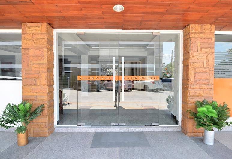 Station 203 Hotel, Bankokas, Įėjimas į viešbutį