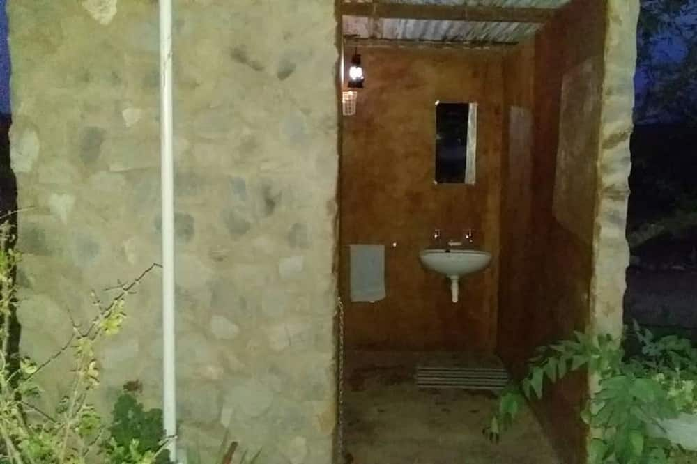 Tradičná dvojlôžková izba pre 1 osobu (Ongkwari) - Kúpeľňa