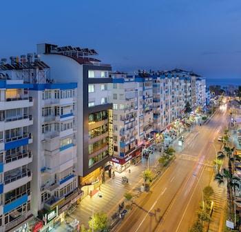 Antalya bölgesindeki Grand Gulluk Hotel resmi