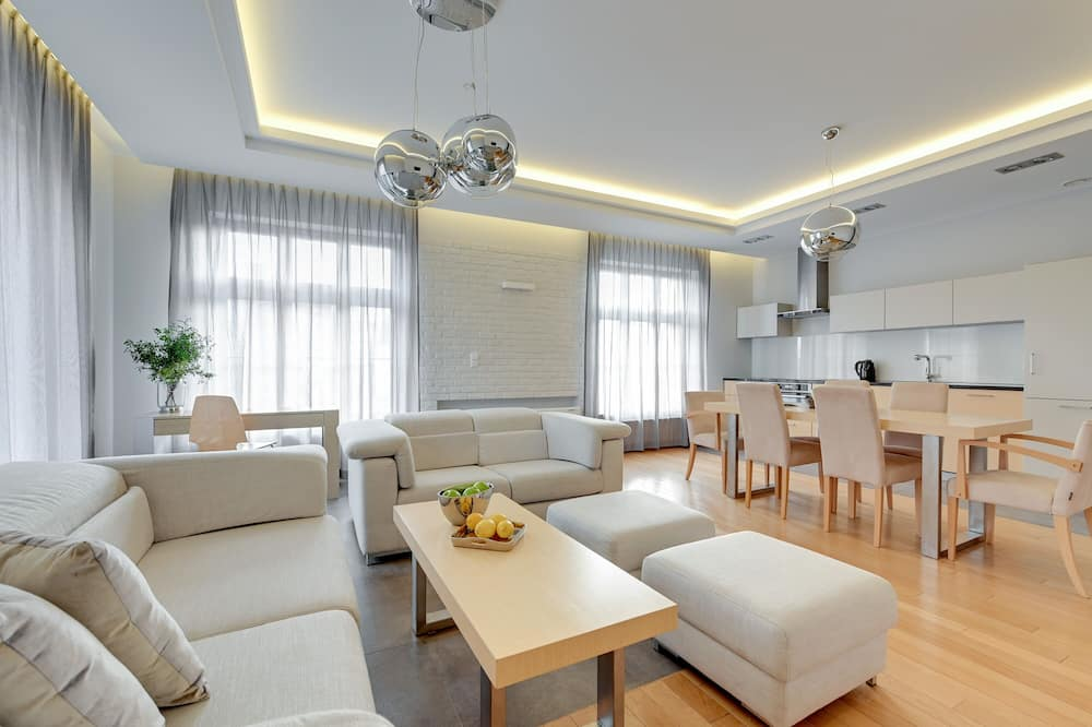 Deluxe Apartment, 2 Bedrooms (12) - Living Area