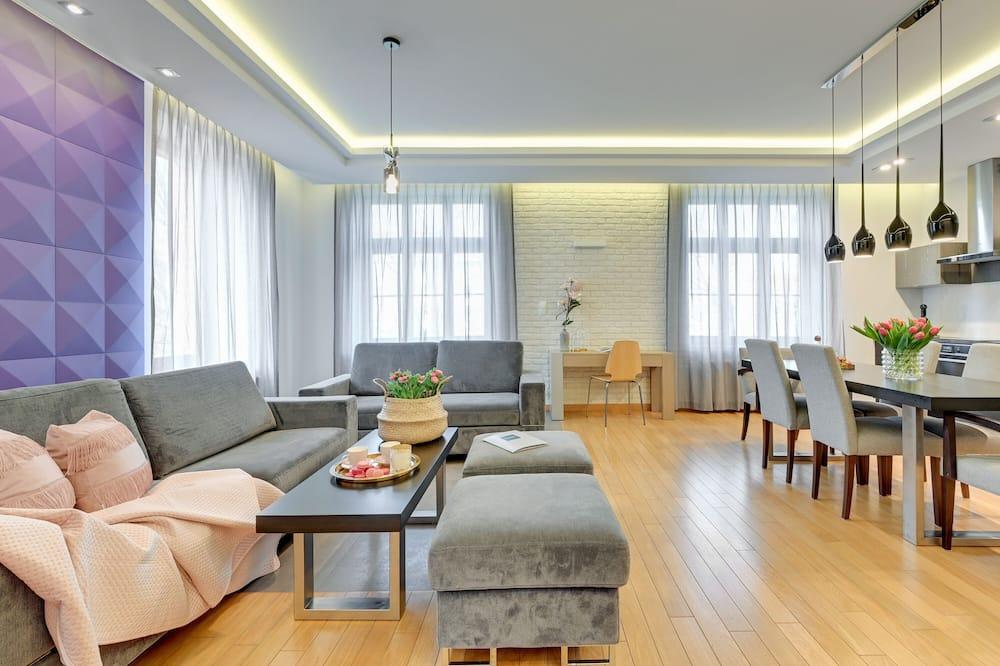 Deluxe Apartment, 2 Bedrooms (6) - In-Room Amenity