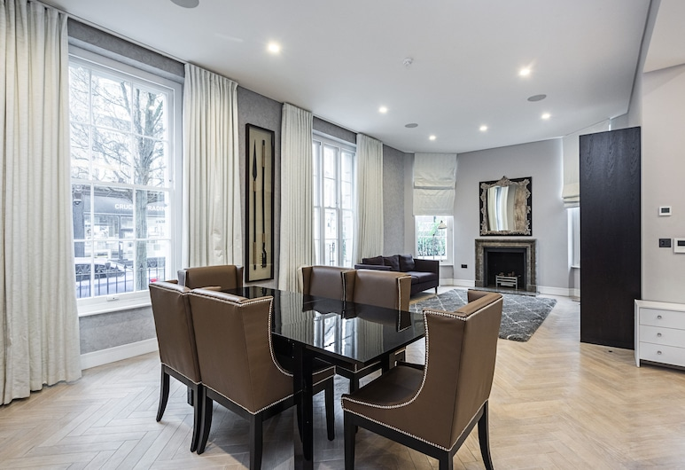 Westbourne Villas · Gorgeous 3 Bed Apartment Near Porchester Square, London, Standard Apartment, 3 Bedrooms, Kitchen (Fully equipped apartment), Room