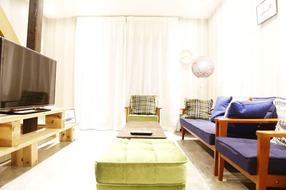 Hus, 2 soverom - Oppholdsområde
