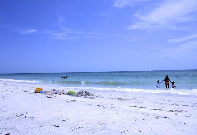 The Anna Maria Island Beach Castaway 2, ホームズ ビーチ, コンドミニアム, ビーチ