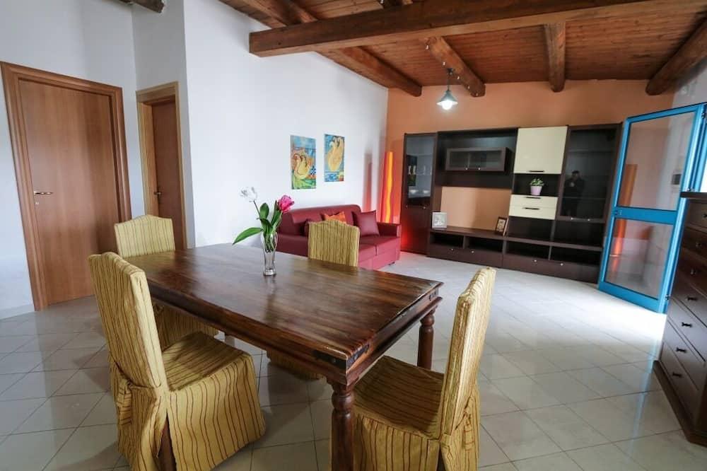 House, 1 Bedroom (U Granatu) - Living Area