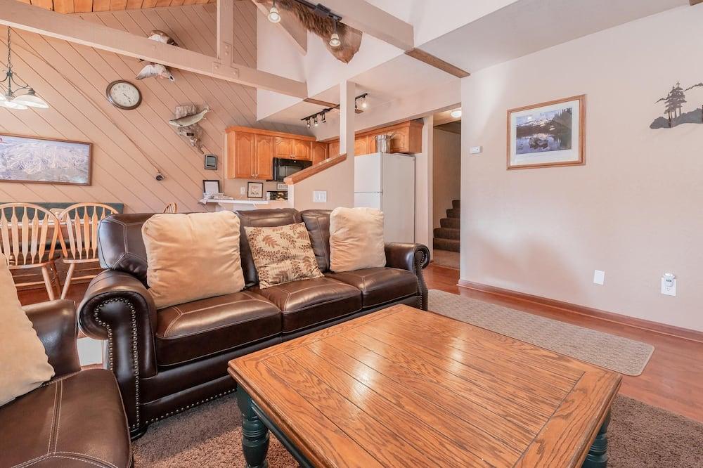 Mieszkanie luksusowe, 2 sypialnie (Bigwood #90 Bldg. W) - Salon