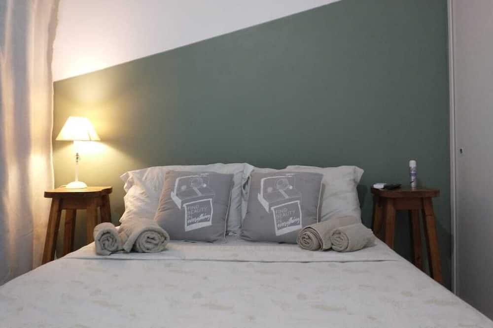 غرفة سوبيريور مزدوجة للاستخدام الفردي - سرير مزدوج - منظر للفناء - غرفة نزلاء