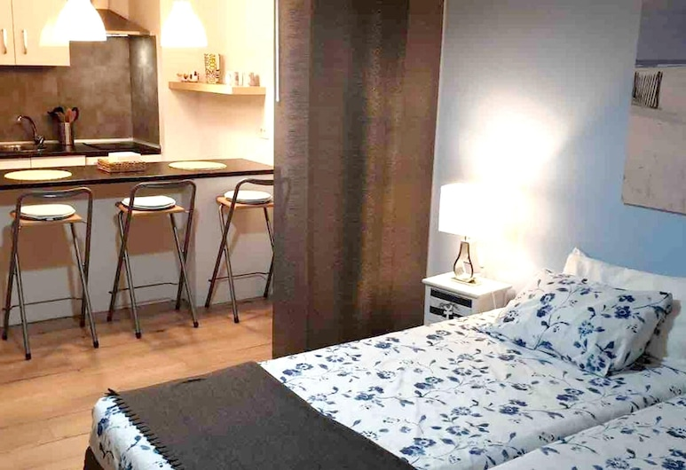 Studio in Puerto de la Cruz, With Wonderful sea View, Shared Pool, Furnished Balcony - 250 m From the Beach, Puerto de la Cruz, Estudio, vista al mar, Habitación