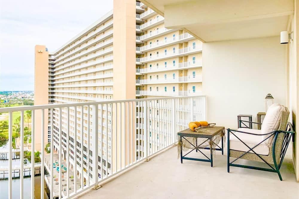 Apartamento em Condomínio Fechado (Laketown Wharf 1331) - Varanda