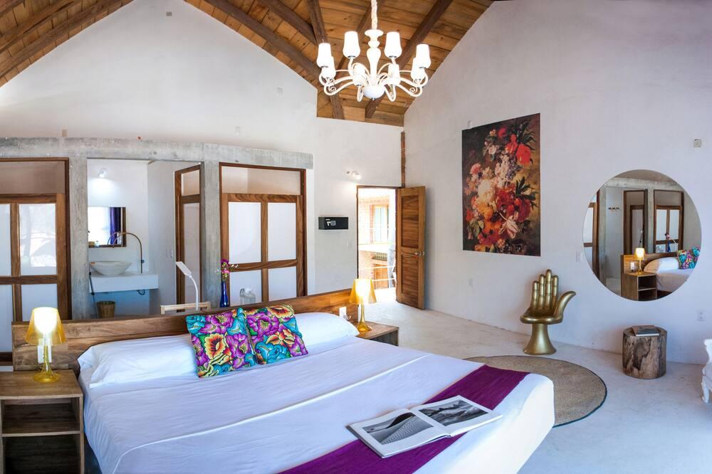 Deluxe Double Room, 1 King Bed (Sebastian) - Guest Room