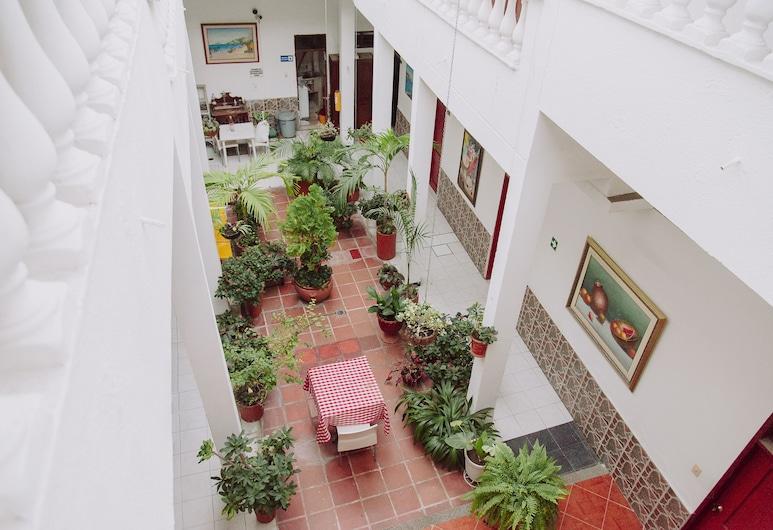 Ayenda 1614 Playa y Mar, 聖瑪爾塔, 庭園