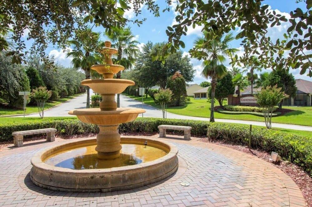 Villa - Property Grounds
