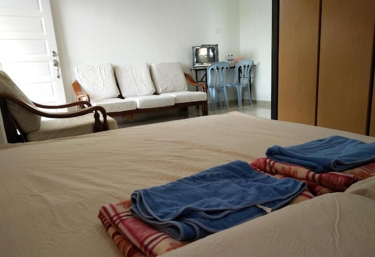 Harum Manis Country House, Kangar, Deluxe Double Room, Guest Room