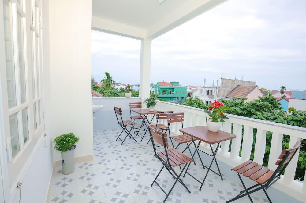 Superior-Zweibettzimmer, Stadtblick - Terrasse/Patio