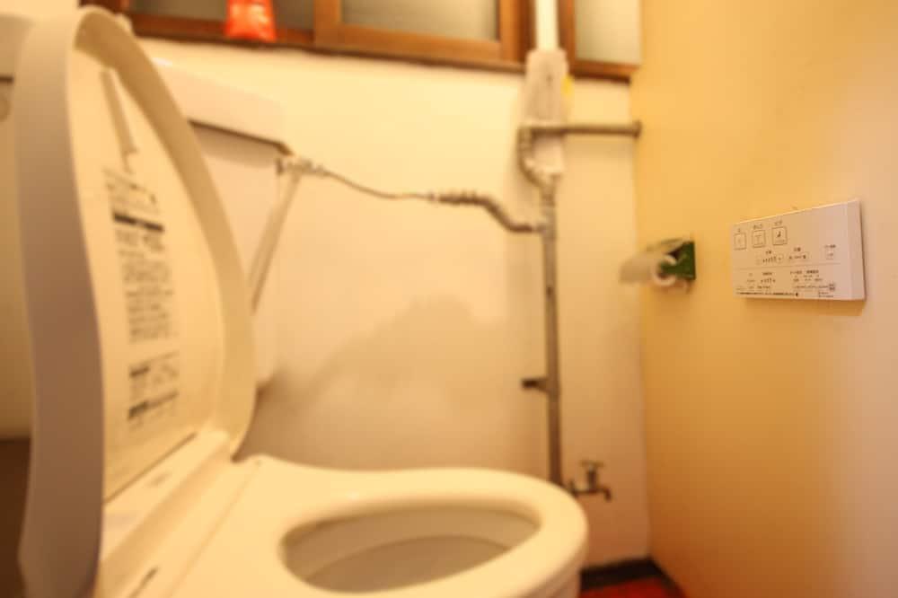 Apartemen, 4 kamar tidur - Kamar mandi