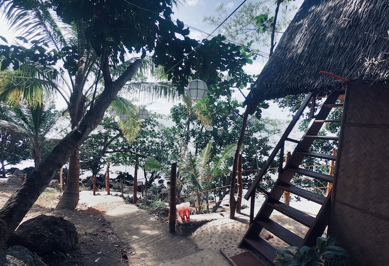 Cocovana Beach Resort - Hostel (Adults Only), Busuanga, Garden