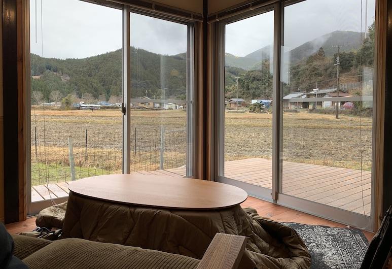 KUMANOYASAI BASE, Tanabe, Casa tradicional (Private Vacation Home), Sala de estar