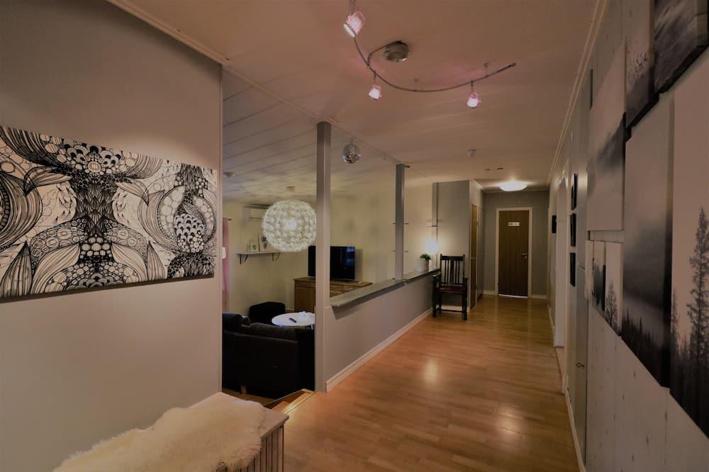 RIBO Apartment Aurora