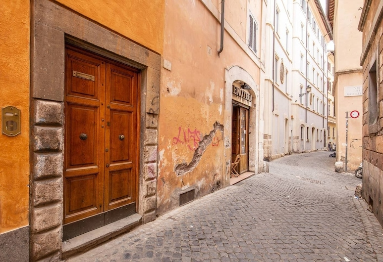 Charming apartment in Campo de Fiori, 羅馬