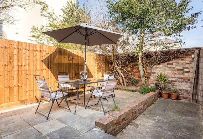 7 Wellington Lane, Cheltenham, House, Terrace/Patio