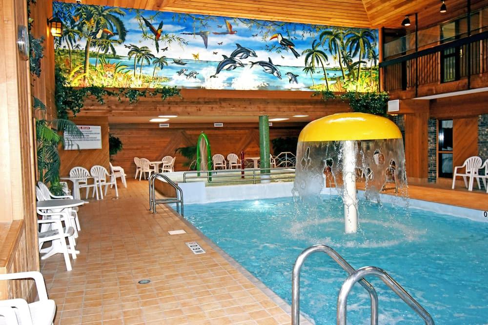 Закрытый бассейн