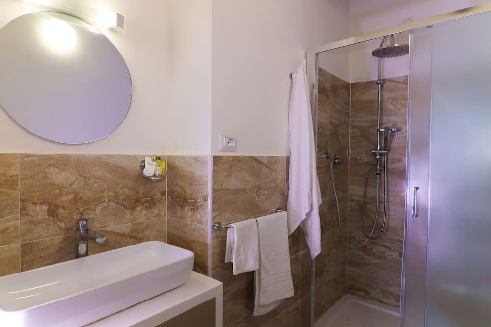 Двухместный номер с 1 двуспальной кроватью, патио - Ванная комната