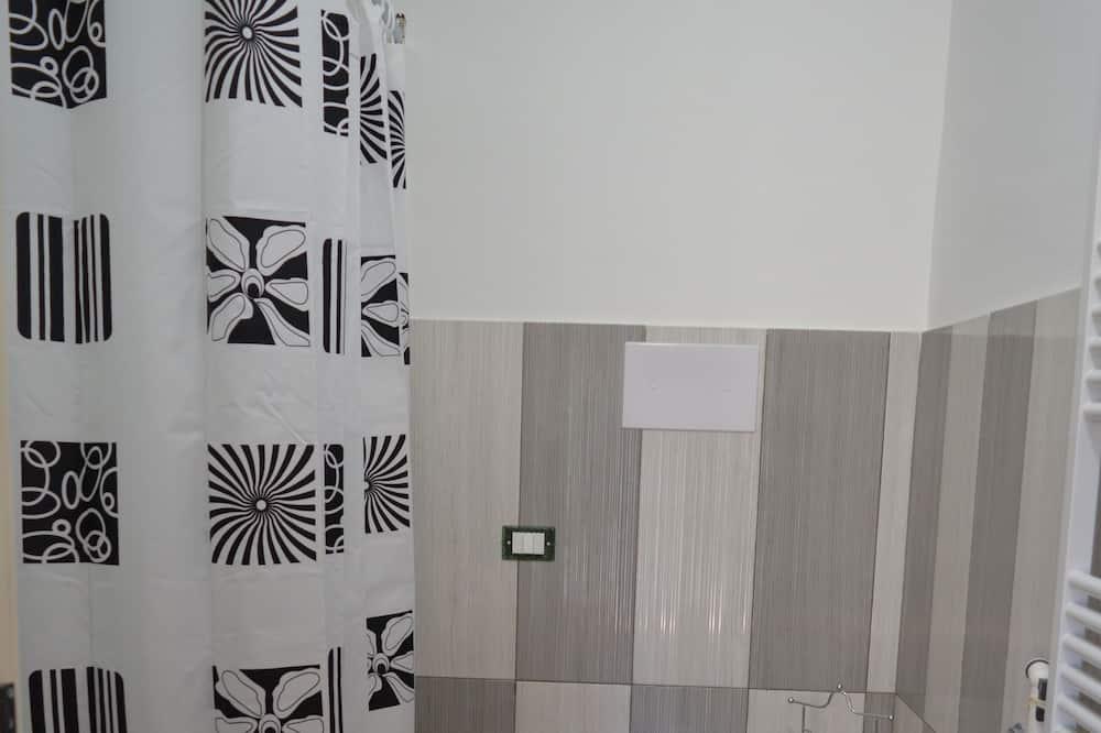 Triple Room, Accessible - Bathroom