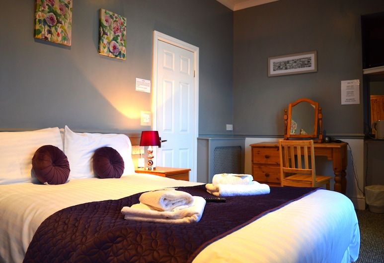 The Carlton Hotel Mumbles , Swansea, Deluxe Double Room, Sea View, Guest Room