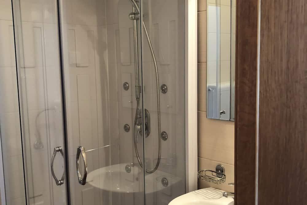 共用宿舍 (with 12 beds no. 8) - 浴室