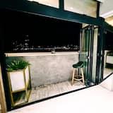 Premium Tek Büyük Yataklı Oda, Balkon, Deniz Manzaralı - Balkon