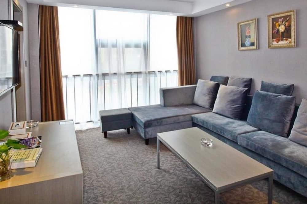 Business Suite (Mainland Chinese Citizen Only) - Living Room