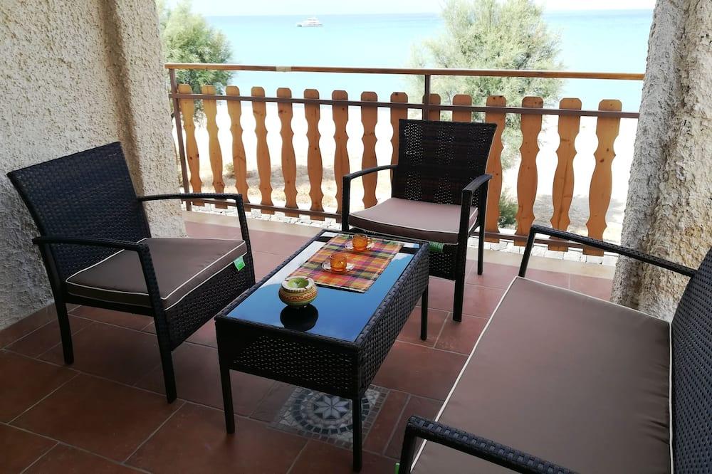 Panoramic Apartment, 2 Bedrooms, Sea View, Beachfront - Terrace/Patio
